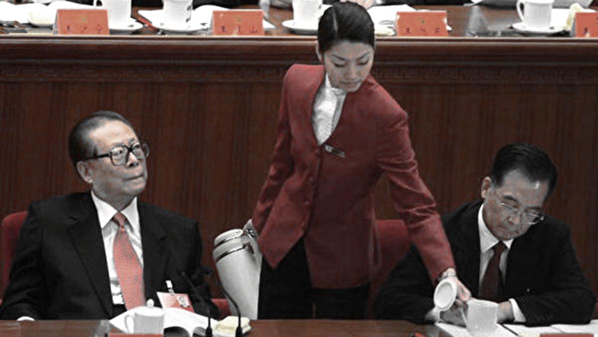 近日,一封以「鄧樸方」為名的公開信稱,習近平用軍警把中共前後任老領導都控制起來了。示意圖(AFP/Getty Images)