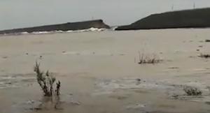 烏茲別克水庫潰壩 淹沒民房近10萬人撤離