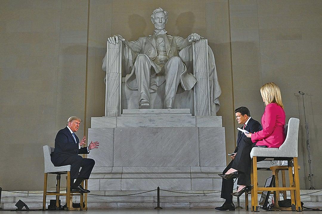 美國總統特朗普周日(5月3日)表示,他認為中國(中共)犯的一個「錯誤」,是中共病毒(新冠病毒)大流行蔓延的原因。(AFP)