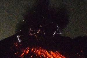 日本櫻島火山爆炸式噴發 火山灰衝至5千米