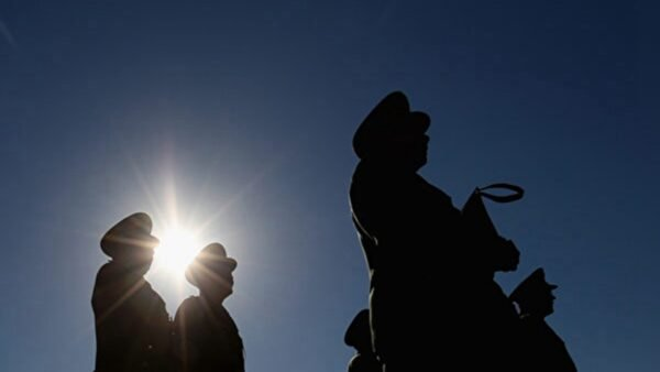 來自北京的消息稱,中共前政法委書記孟建柱被抓捕,中共公安部遭大整肅,北京警界風聲鶴唳。示意圖(Feng Li/Getty Images)
