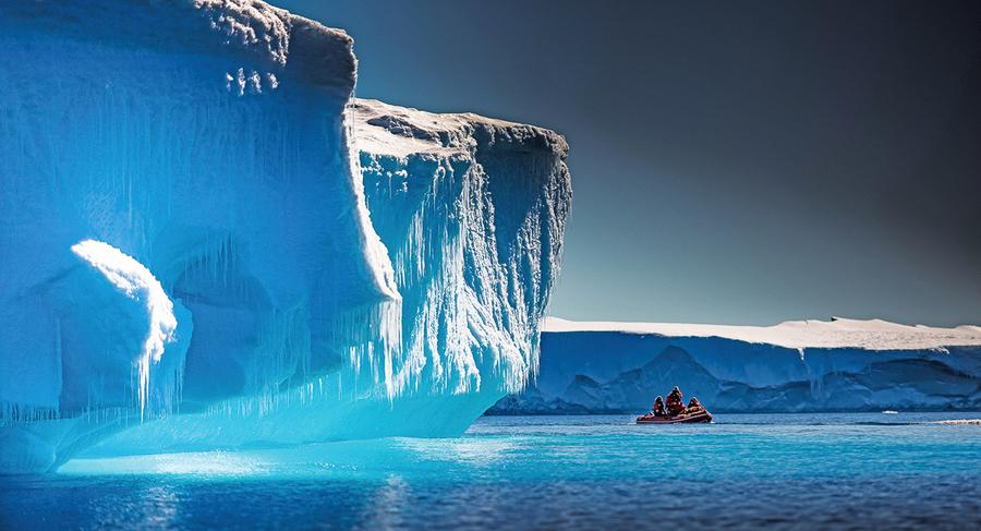 研究在南極冰核中發現微塑料