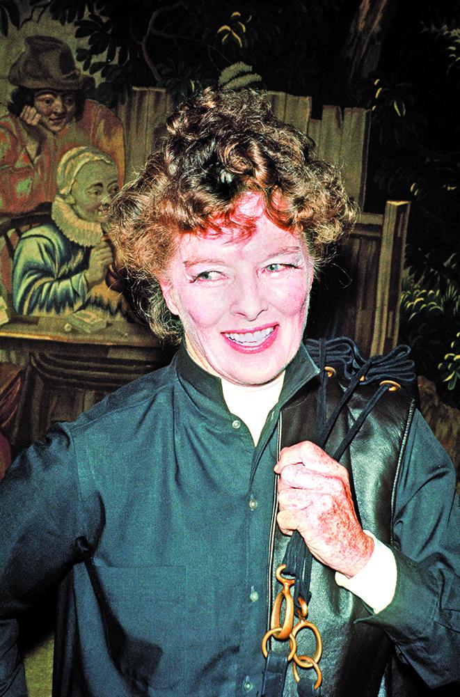嘉芙蓮協賓特別鍾愛美味的朱古力布朗尼,圖為1971年時的嘉芙蓮協賓。