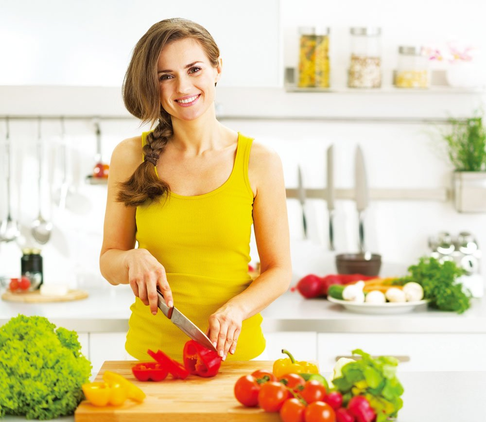 安全乾淨的切菜板,才能保障全家的飲食安全。(Fotolia)