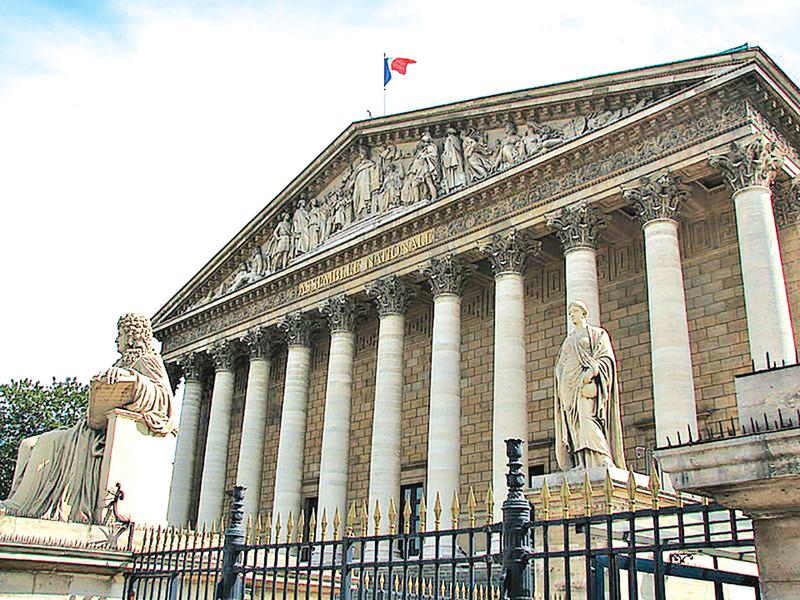 瘟疫與中共  法國政壇緣何成重災區