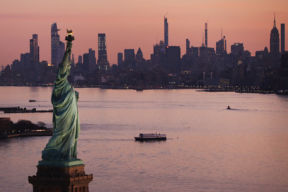 2020年3月,中共病毒疫情籠罩下的紐約。(Spencer Platt/Getty Images)