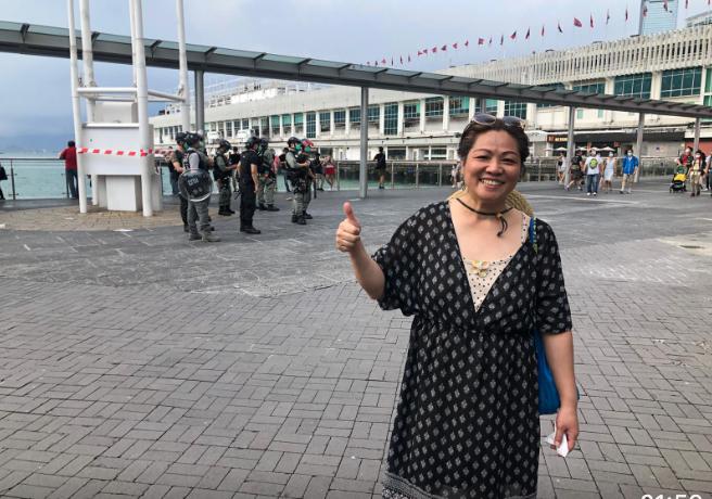 市民Jenny表示:共產黨不講人性,而香港人為人性而走出來。(梁珍/大紀元)