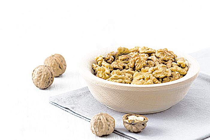核桃味甘性溫,核桃奶的風味比其它的植物奶更濃厚。