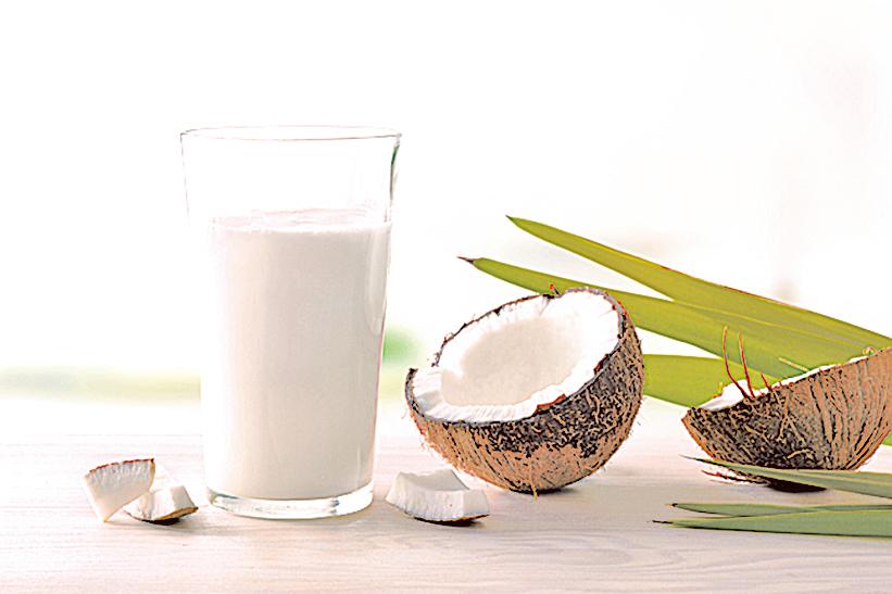 椰奶有抗菌和抗發炎等許多好處。