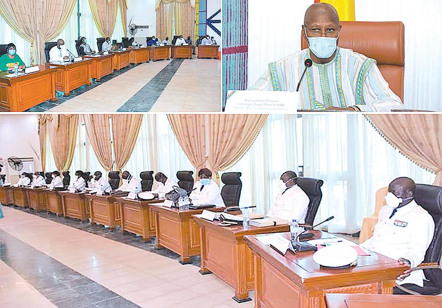 擁抱中共 西非小國六位內閣部長染疫
