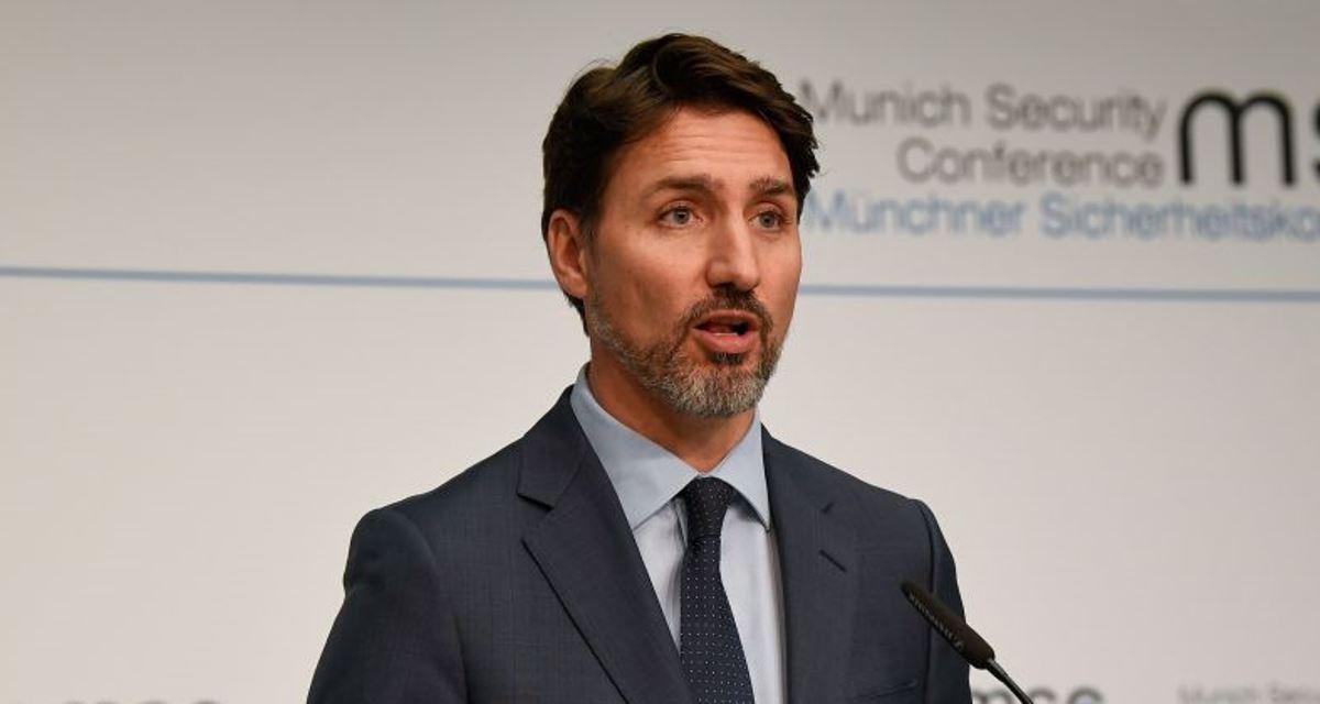 圖為加拿大總理賈斯汀・杜魯多2020年2月14日在一次新聞發佈會上講話。 (THOMAS KIENZLE/AFP via Getty Images)