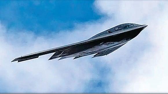 網傳中共的隱形轟炸機轟-20飛行圖。(網絡照片)