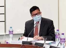鄧炳強否認自己是中共黨員 承認「傳媒經歷不理想」拒道歉