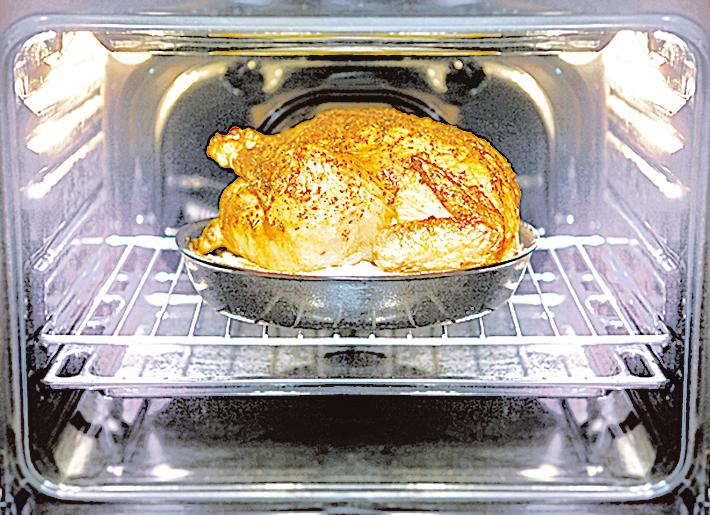 周末很適合烤全雞,然後再將吃剩的雞肉加入其它菜色中。
