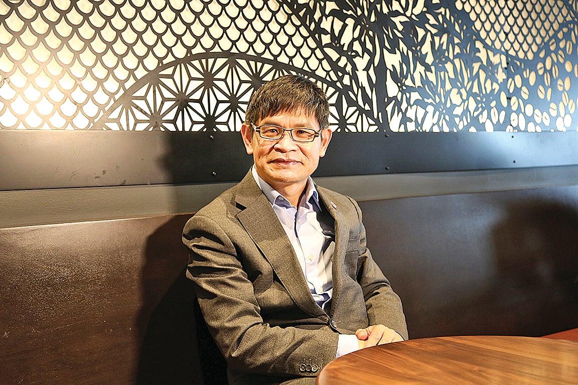 紐約華人企業家、龍創國際集團創始人及CEO樓新躍先生接受《大紀元》電話採訪。(大紀元)