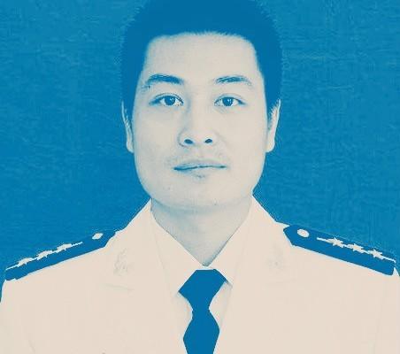 中共殲15戰機著航母失敗 飛行員墜亡