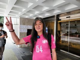 梁國雄堅持對DQ案提「終極上訴」  親至高院申「法援」