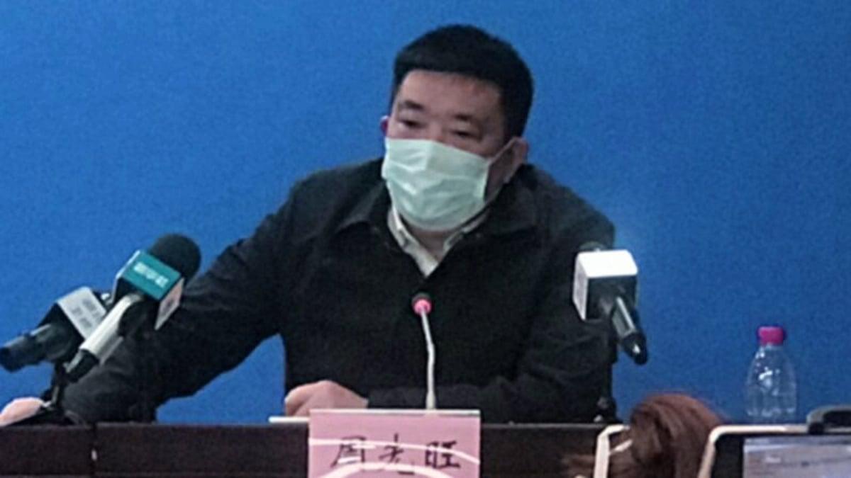 法媒評論稱,中共病毒危機將使今年兩會人事變動更加引人關注,曾公開向中央甩鍋的武漢市長周先旺,情況可能不妙。(影片截圖)