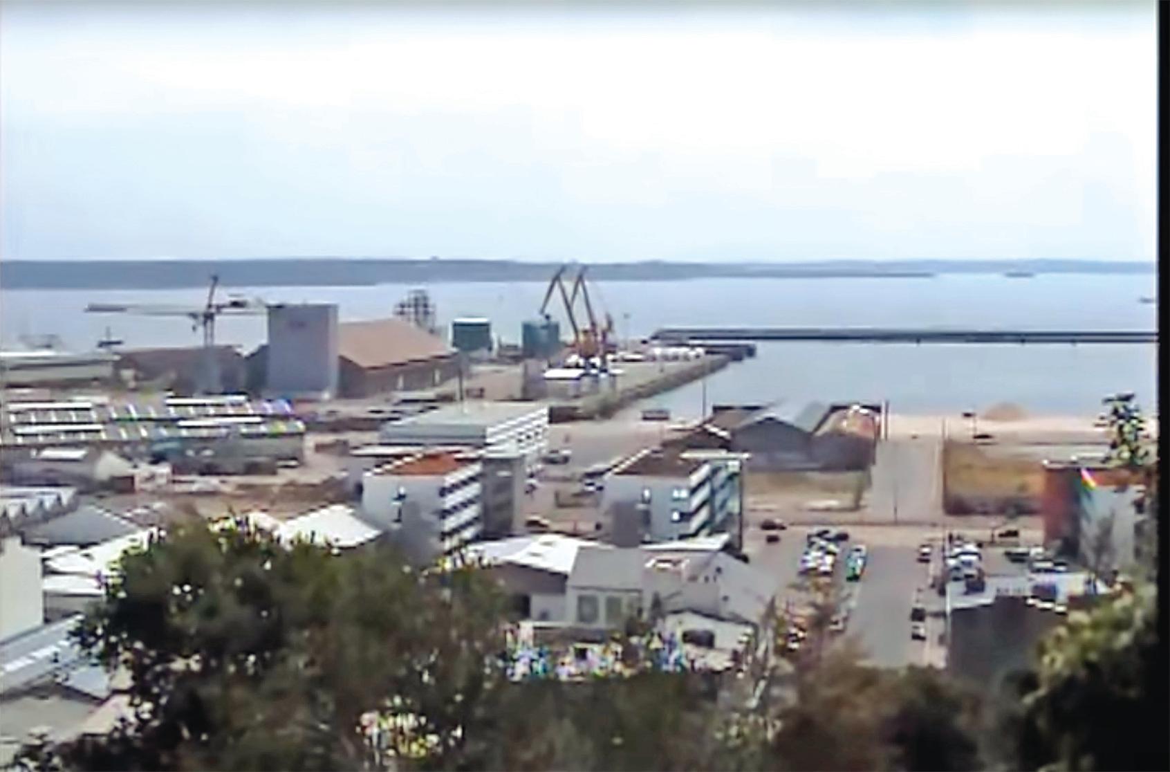 布雷斯特有法國第二大軍港,也是中共間諜滲透的目標。圖為法國布雷斯特的一處碼頭。(視頻截圖)