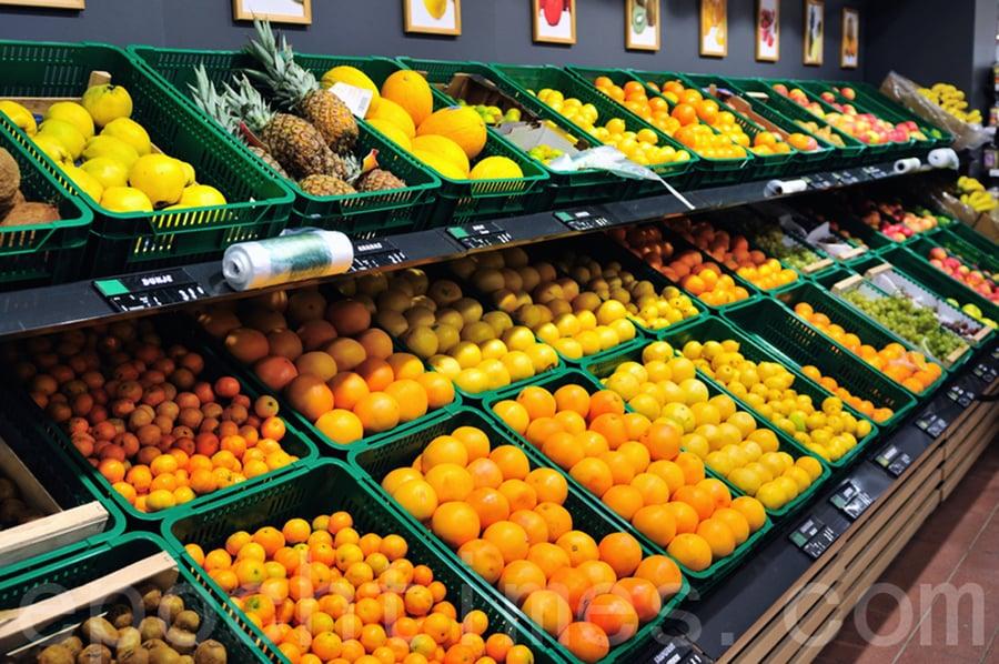 商家:折射內需和服務業困境 陸最大水果市場生意蕭條