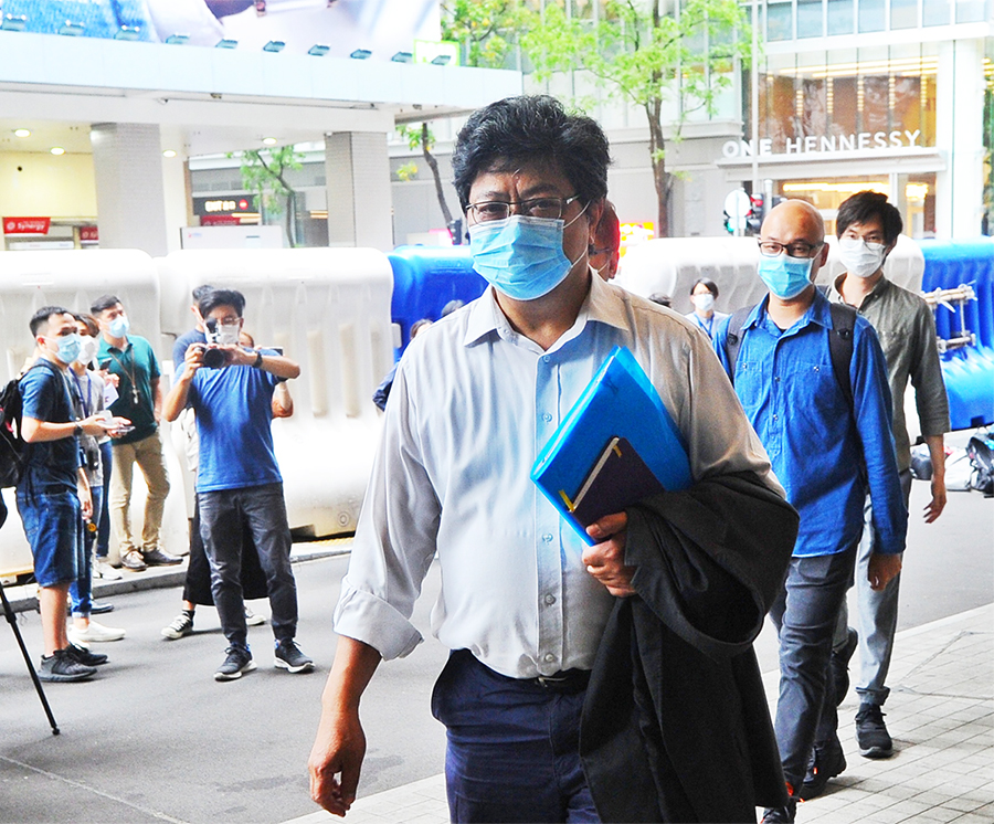 四個傳媒組織代表昨日與警務處處長鄧炳強緊急會面。圖為記協主席楊健興。(宋碧龍/大紀元)