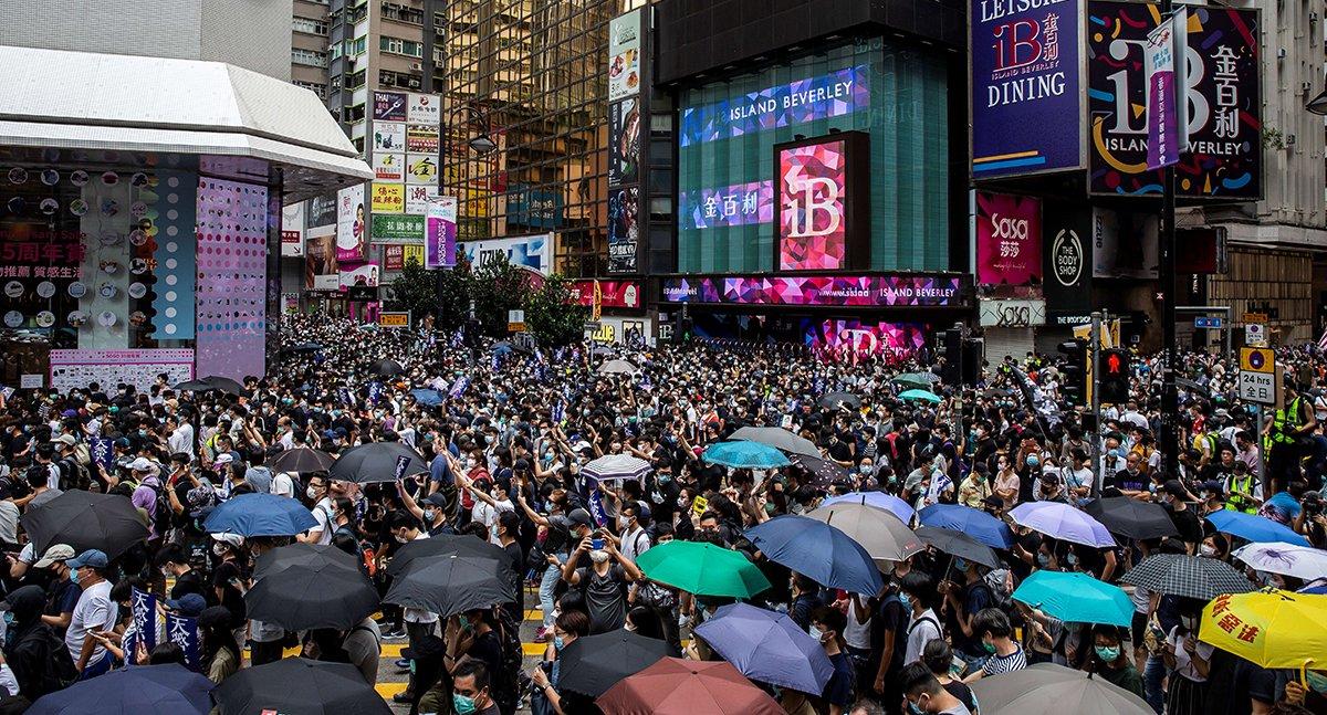 港人5月24日下午在銅鑼灣抗議「港版國安法」(宋碧龍 / 大紀元)