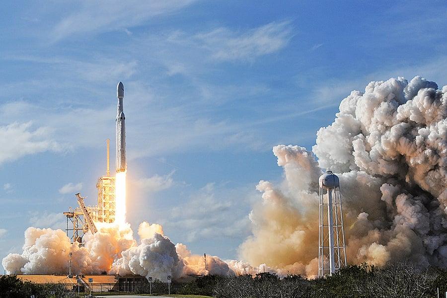 SpaceX本周發射首艘載人飛船 特朗普助陣