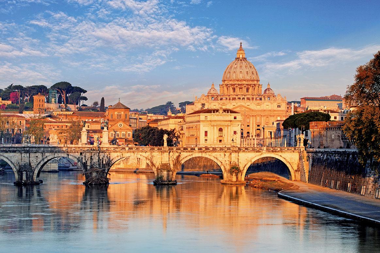 儒略二世委託布拉曼特興建的聖彼得大教堂。(Shutterstock)