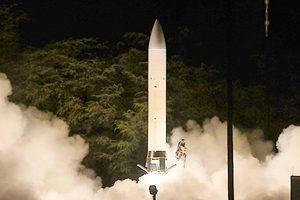 美成功試射高能激光武器 特朗普宣佈製造超級導彈