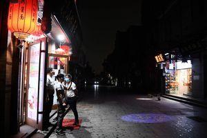 兩會期間異象頻發 北京突顯「暗無天日」
