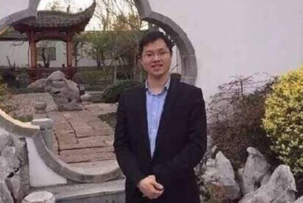 北京市昌平居民雷洋被警方宣布「嫖娼死」後,引發大陸各界廣泛關注。此案疑點重重,不斷被大陸媒體和網民追問。(網絡圖片)