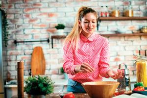 飲食降低鹽份攝取量  慢性疾病不上身