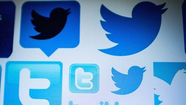 有人在白宮請願聯署網站上發起調查李飛飛,推特是否是親中共魔鬼的聯署活動。(AFP via Getty Images)