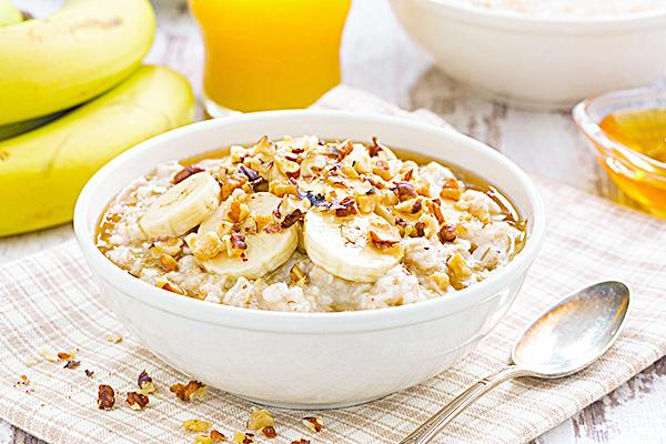 燕麥能有效降低膽固醇及預防心血管疾病。