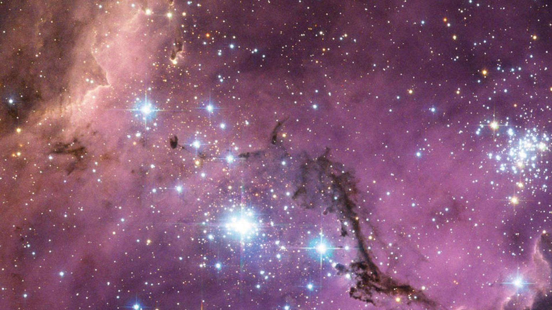 (ESA/NASA/Hubble)