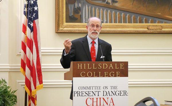 美國「應對中共當前危險委員會」(Committee on the Present Danger:China)的副主席、列根總統政府時期的國防部代理助理部長蓋夫尼(Frank Gaffney)。(李辰/大紀元)