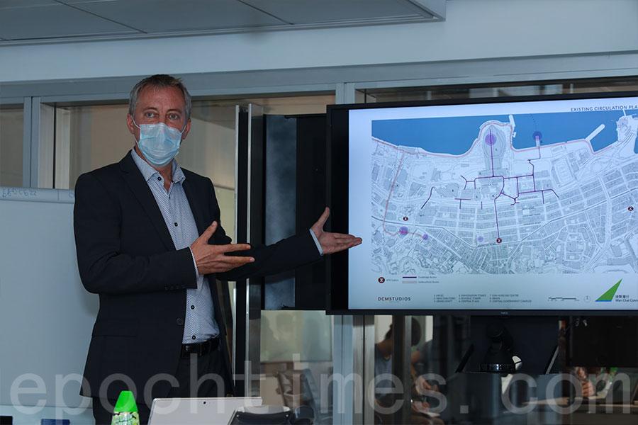 「連繫灣仔」設計團隊的牽頭顧問、Buro Happold Asia總監鄧彼得(Peter Dampier)希望「連繫灣仔」構思能引發有關公共空間質素、供應和管有的嚴肅討論。(陳仲明/大紀元)
