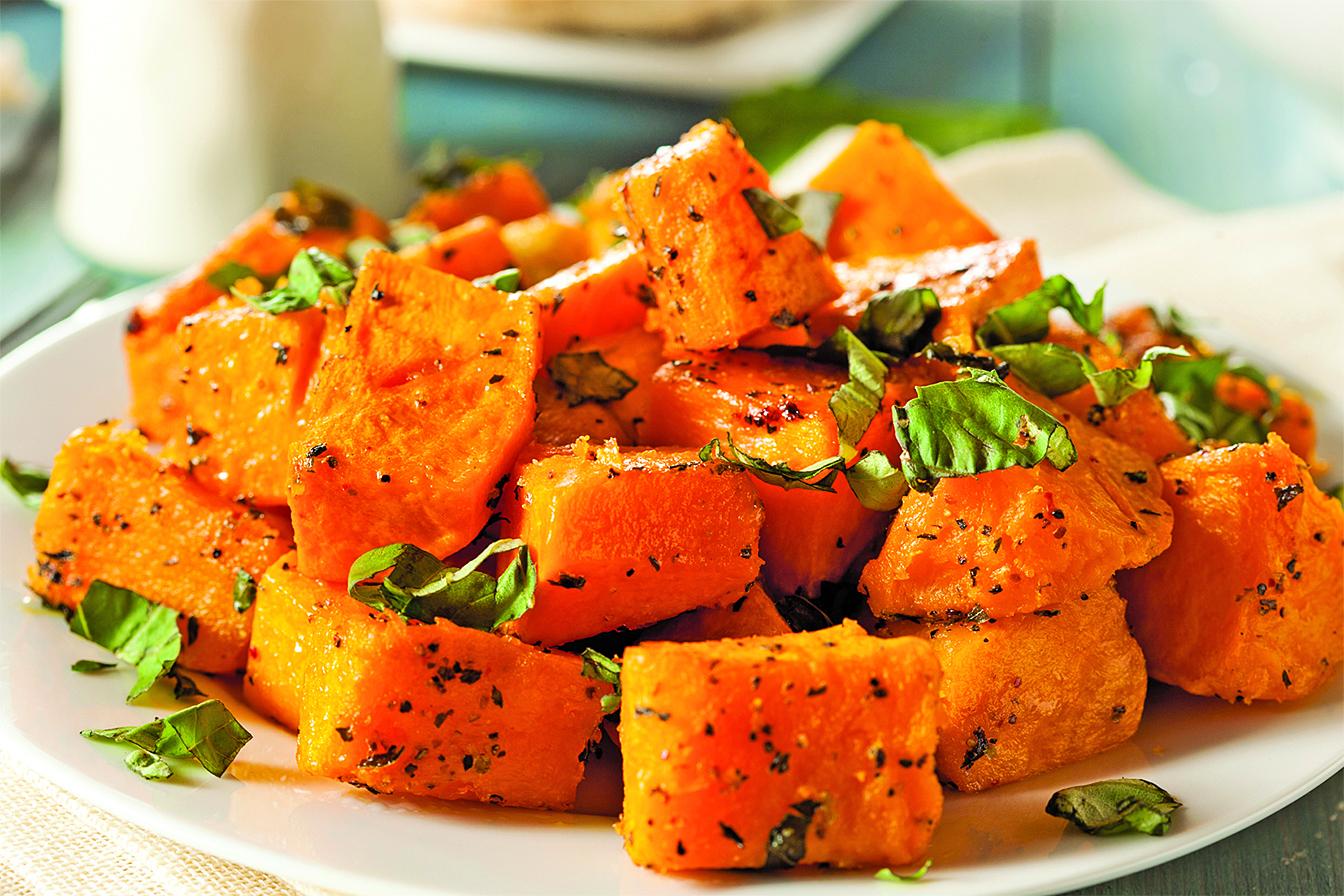 烹煮各種料理時,撒上一些加熱過的香草能增添風味。
