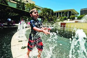 今夏熱浪格外嚴重 WMO:氣候變化惡果