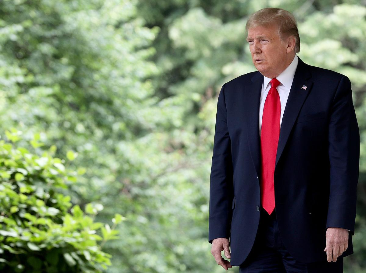 美國總統特朗普上周五(29日)在「中國政策發佈會」上對中共打出系列組合拳,宣佈對中共全面出擊。(Win McNamee/Getty Images)