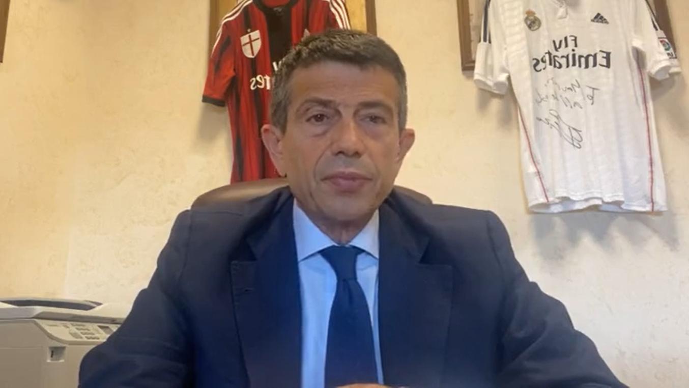 意大利國會議員盧比於國會外交事務委員會提出動議,促政府承諾要求歐盟重新評估與中共關係,若中共持續有違反人權的行為,就要實施制裁。(Maurizio Lupi 臉書影片截圖)