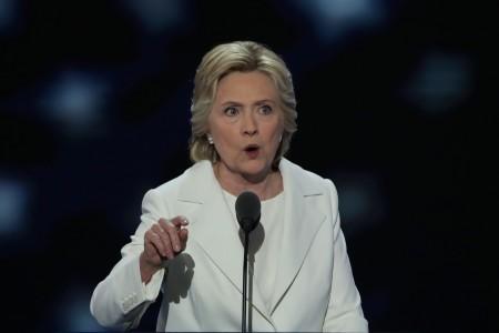 演說中的希拉莉。(Alex Wong/Getty Images)