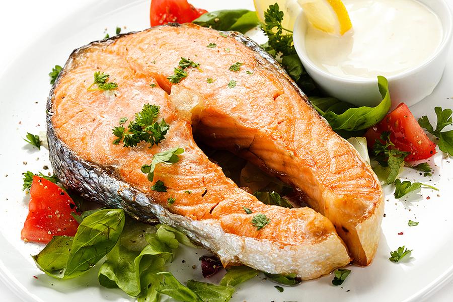 為何多吃魚 能降低心臟病風險