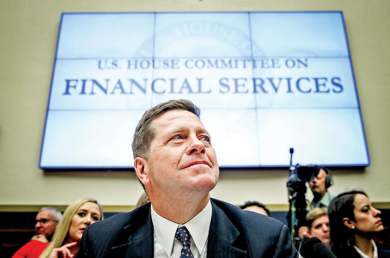 美國證券交易委員會主席傑伊克萊頓(Jay Clayton)4月中旬通過電視媒體提醒投資人,不要投資中概股。圖為2019年9月24日克萊頓在美國國會等候接受金融服務委員會聽證。(Win McNamee/Getty Images)