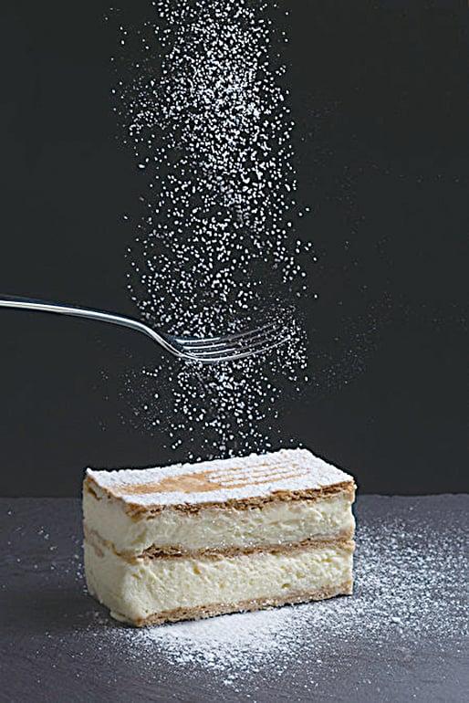 Kremes是一道匈牙利常見的美味甜點,深受大人和小孩的喜愛。(shutterstock)