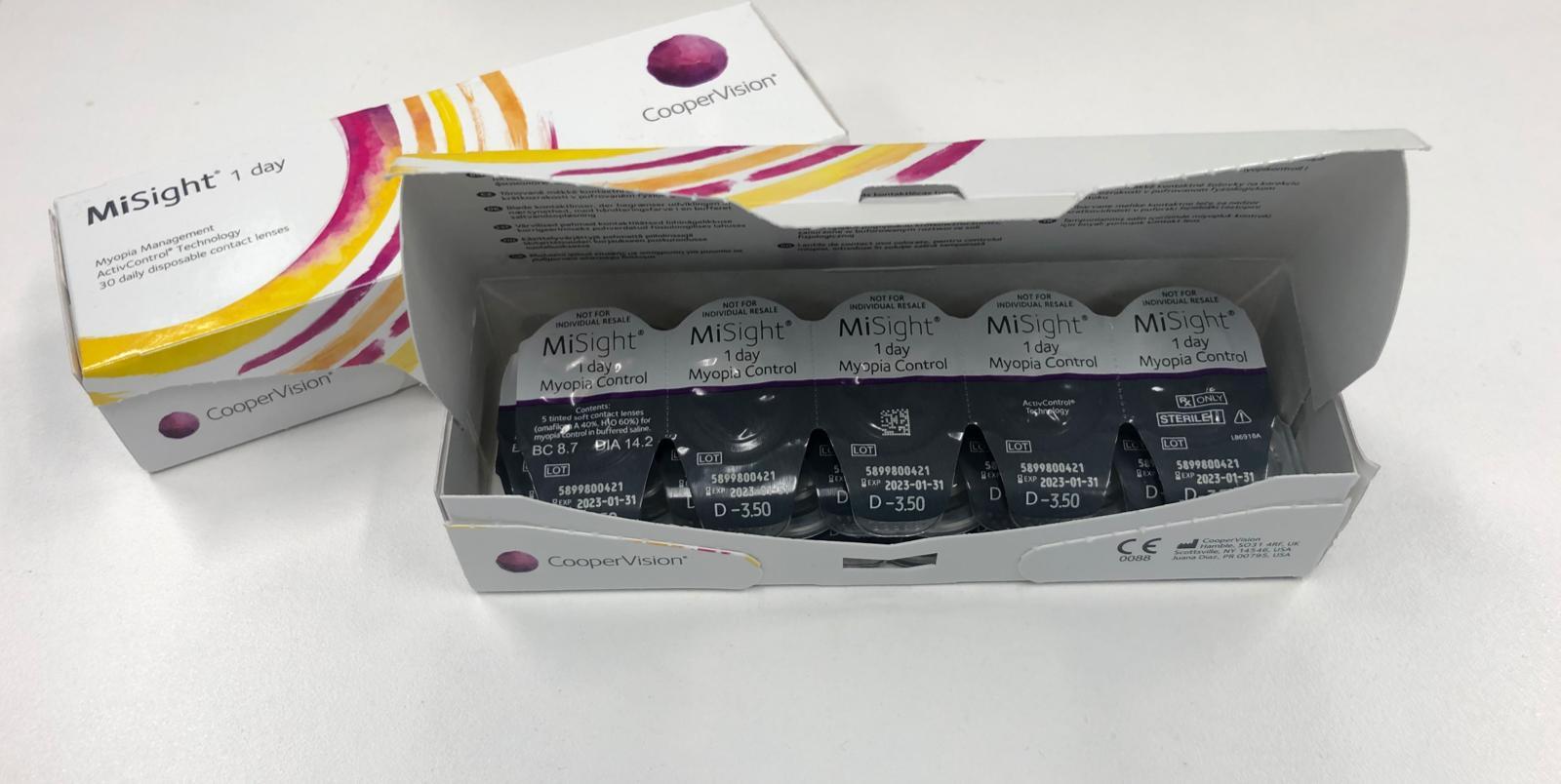 控制近視的軟性隱形眼鏡產品MiSight 1 day,去年通過美國食品和藥物管理局(FDA)認證。(受訪者提供)