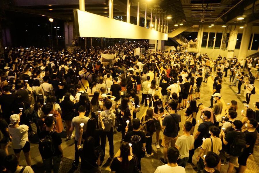 屯門近千人參與紀念六四【組圖】