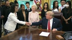 特朗普簽宗教自由行政令 蓬佩奧暗示終結中共統治