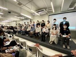 【直播】香港17區區議會聯合動議:立即撤回港版國安法