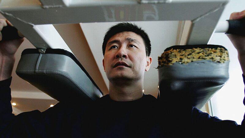 中國前足球名將郝海東發布「滅共宣言」,傳聞他的兒子遭中共施壓。(Guang Niu/Getty Images)